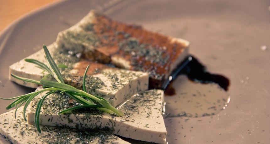 Tofu nije samo za one koji ne jedu meso: Pržite ga, pecite ili grilajte kao dodatak raznim jelima