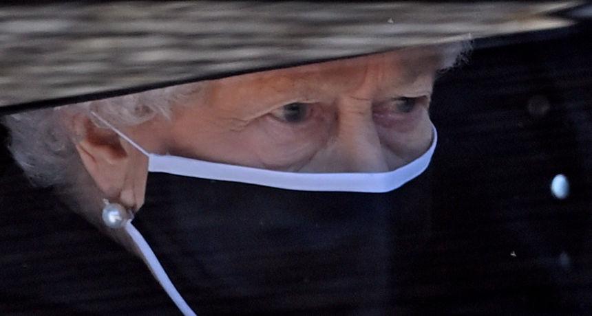 Kraljica Elizabeta viđena prvi put nakon Philipovog sprovoda: Otišla je tugovati na omiljeno mjesto