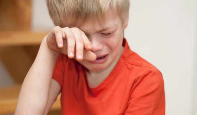 Dječak plače