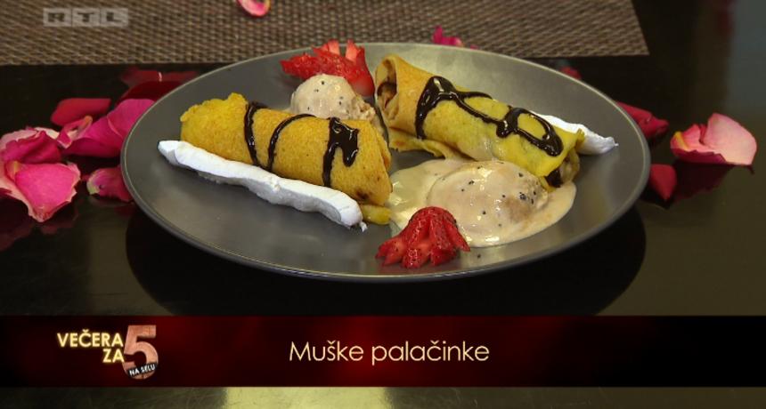 Zanimljiv desert: 'Palačinke, šlag, čokolada, jagode, šampanjac - odličan okus'