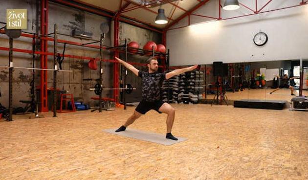 Odradite kod kuće Power Yoga trening uz našeg Vedrana Spevana (thumbnail)