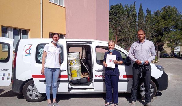 Crveni križ, Biograd, donacija