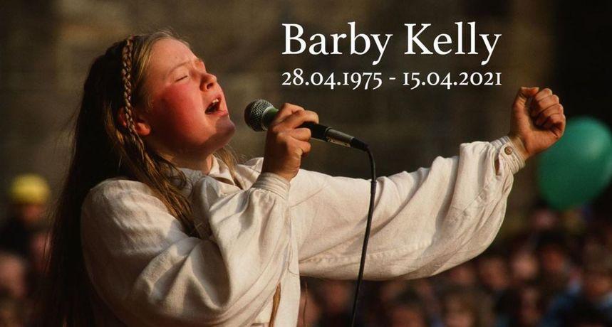 Članica nekad planetarno popularne grupe The Kelly Family preminula u 46. godini