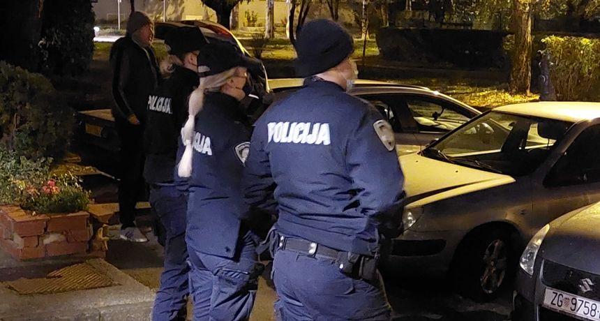 Prosvjednici banuli Berošu na vrata, intervenirala policija: 'Došli smo vidjeti gdje ćemo živjeti ako se pametno učlanimo u stranku'