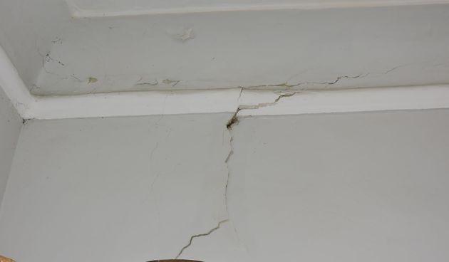 Grad Ozalj zbraja štetu od jučerašnjeg potresa, gradonačelnica Gordana Lipšnić najavila financijsku pomoć stradalim mjestima