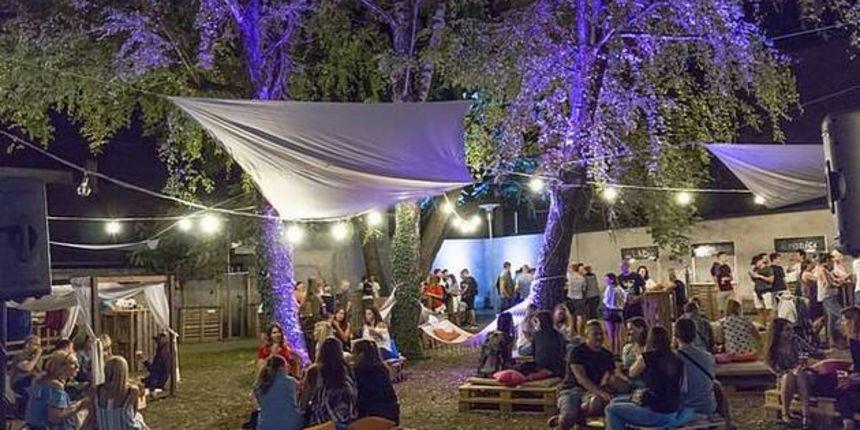 Još jedna odlična ljetna večer u dvorištu Realke