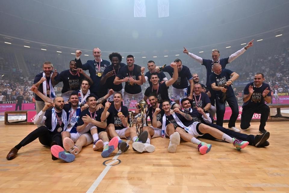 Slavlje košarkaša Zadra - novih prvaka Hrvatske