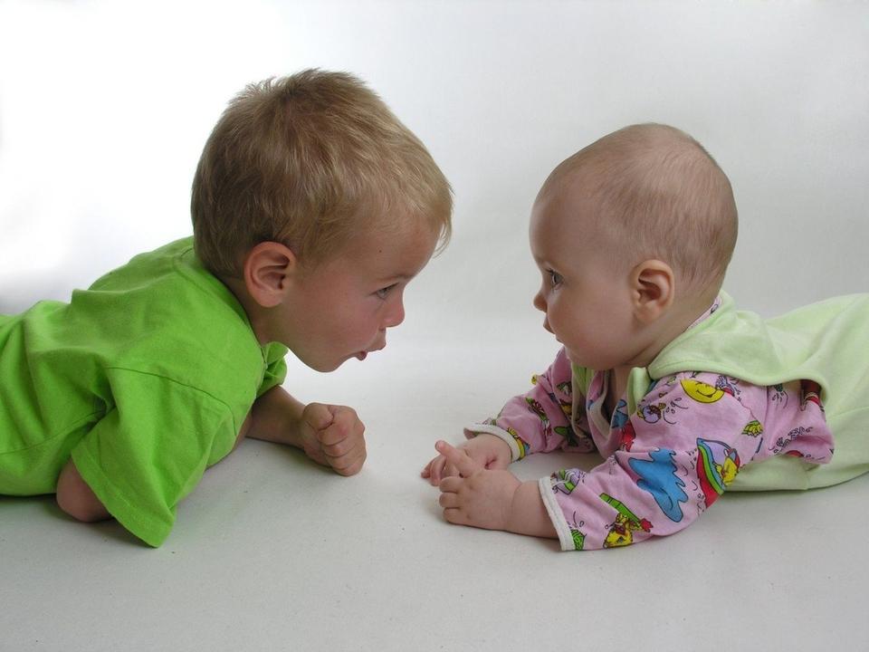 Biti roditelj je posebno i jedinstveno iskustvo, međutim neke stvari roditelji tek prolaze kada imaju dvoje djece.