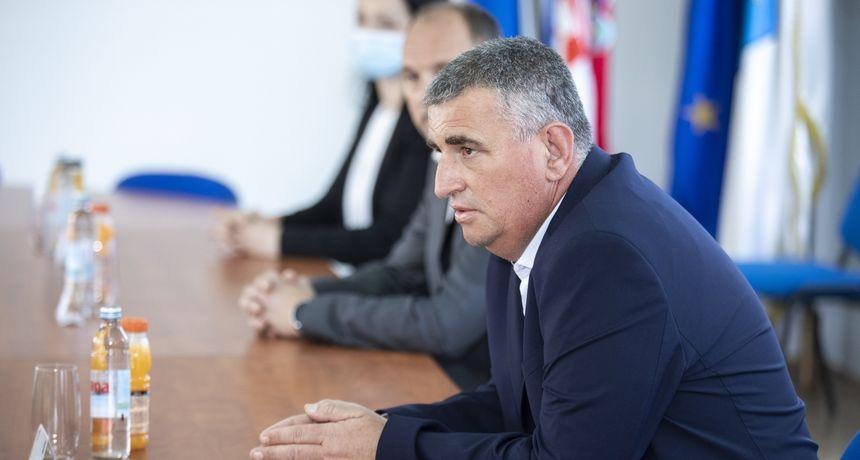 Miro Bulj: 'Bojkotiraju me. Prvog dana kao gradonačelnik došao sam u gradsku upravu, a nigdje nikoga'