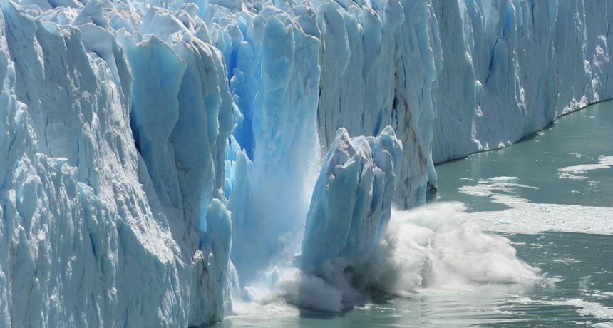 Led se otapa rekordnom brzinom: Od 1994. do 2017. otopio se led debljine stotinu metara i veličine Velike Britanije