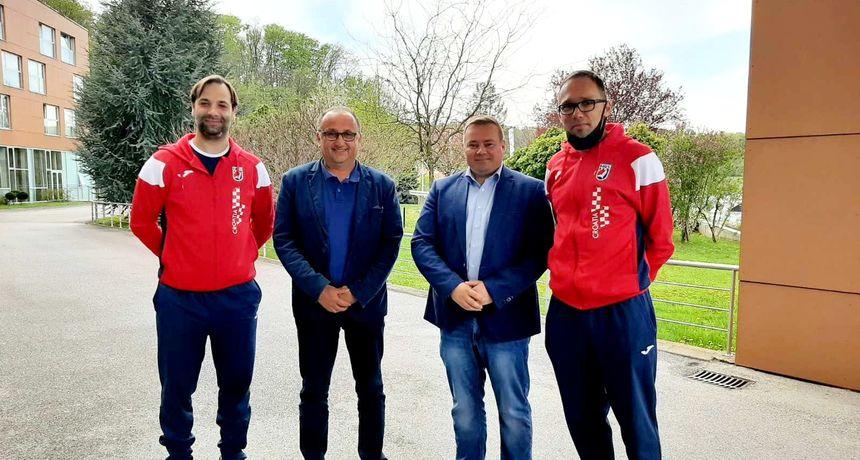'KAUBOJI' U MEĐIMURJU Mario Medved i Darko Dania podržali rukometne reprezentativce u Svetom Martinu na Muri