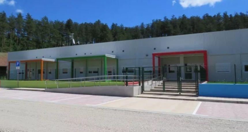 Vrata otvara novi objekt Dječjeg vrtića Bistrac u Ogulinu - Grad Ogulin među rijetkima u Hrvatskoj stvorio uvjete za boravak sve djece u vrtiću
