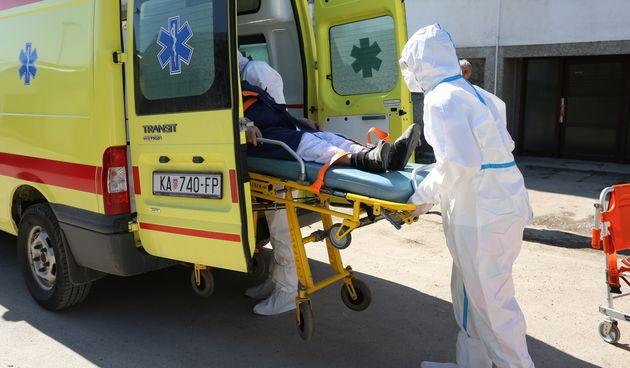 Od jučer u Karlovačkoj županiji 84 slučajeva zaraze koronom, dvije osobe preminule - u Karlovcu manji broj PCR testiranja, u Ogulinu velik broj novozaraženih