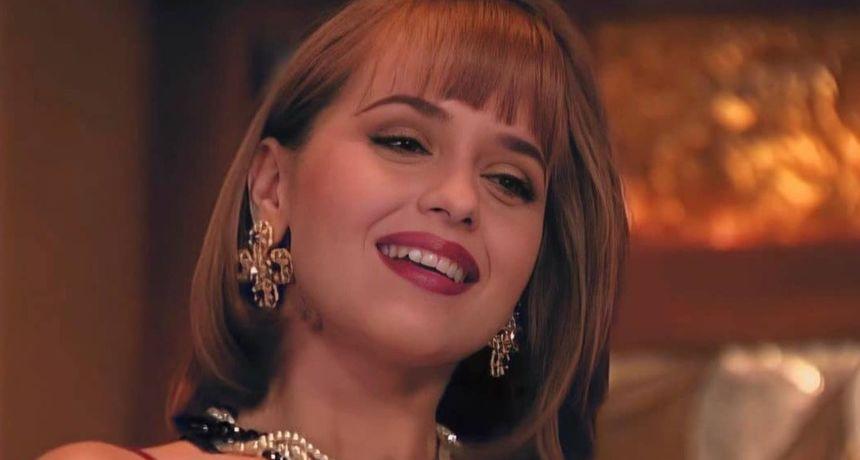 Slavna 'Otimačica' se vraća glumi nakon duge stanke, no njezino lice je nažalost deformirano zahvatima
