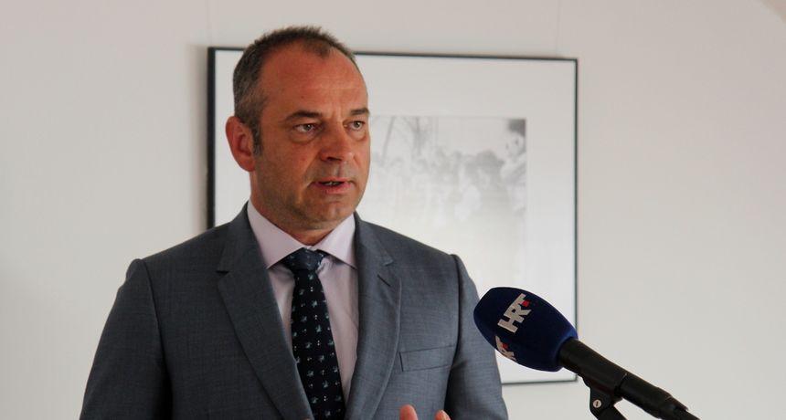 Mario Lešina predstavio program: 'Čačić se hvali projektima, dok je istovremeno izgubio 2.200 stanovnika!'