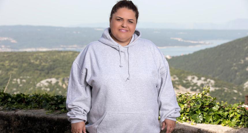 Iako je Marijana htjela biti pjevačica, govorili su joj da zbog težine nema potrebni seksepil, a kasnije su i trudnoće ostavile posljedice na njoj