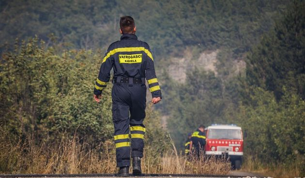požarište kod Planog, vatrogasac DVD Kaštela