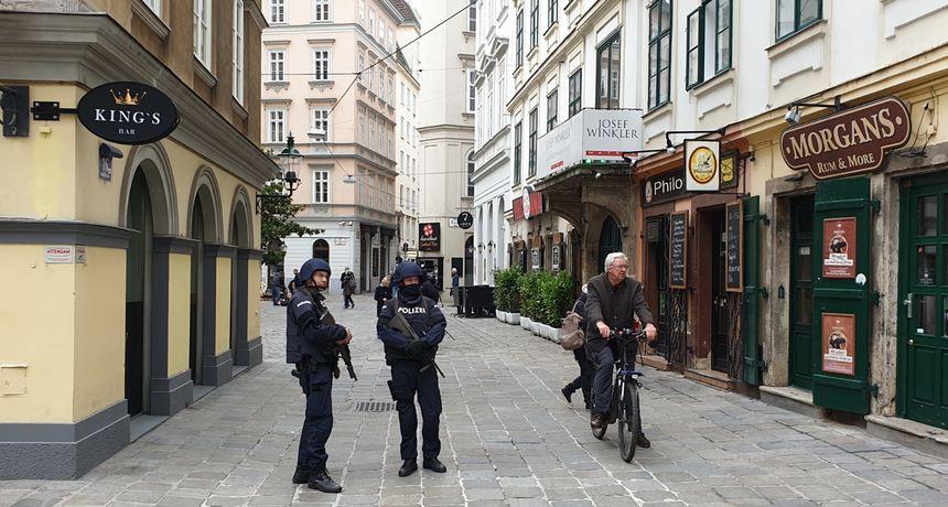 Otkriveni novi detalji: Slovačka upozorila Austriju da je napadač iz Beča pokušao kupiti streljivo