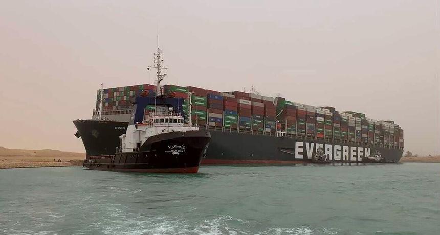 Kasne vam dostave iz Kine? Naviknite se, svjetska trgovina je u velikim problemima, a Sueski kanal je bio samo jedna epizoda