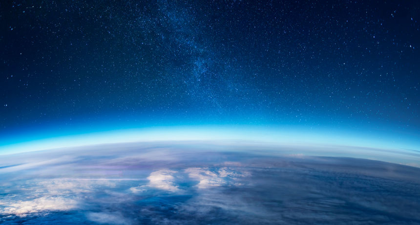 Emisije stakleničkih plinova smanjile su stratosferu što pokazuje dubok i značajan utjecaj ljudi na planet