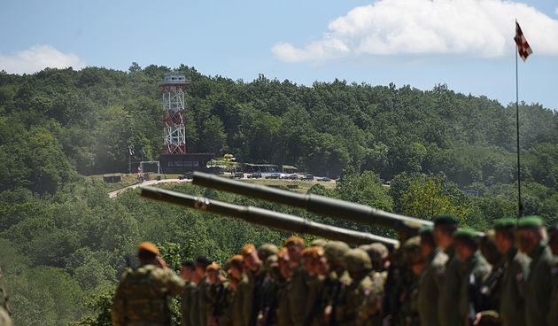 FOTO GALERIJA  Na vojnom poligonu u Slunju održana atraktivna vojna vježba: Hrvatski Migovi i Ameri u F-16 do nogu potukli nevidljive neprijatelje