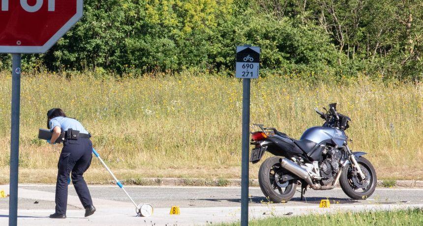 Dvojicu maloljetnika na motoru u Istri udario i pregazio traktor. U bolnici su s teškim ozljedama