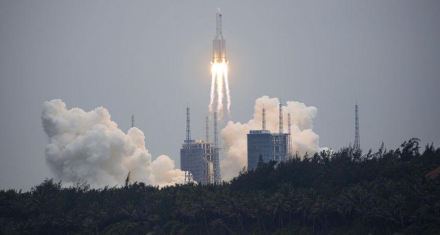 Dijelovi kineske rakete od 21 tone nekontrolirano će padati na Zemlju - mogu pogoditi i naseljena područja
