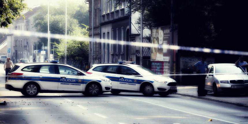 Velika policijska akcija: Uhićeno desetak osoba zbog utaje poreza. Švercali aute visoke i srednje klase