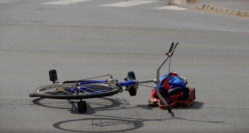 NESREĆA U IVANOVCU Stradala vozačica bicikla (74). Vozač teretnog vozila nije pazio...