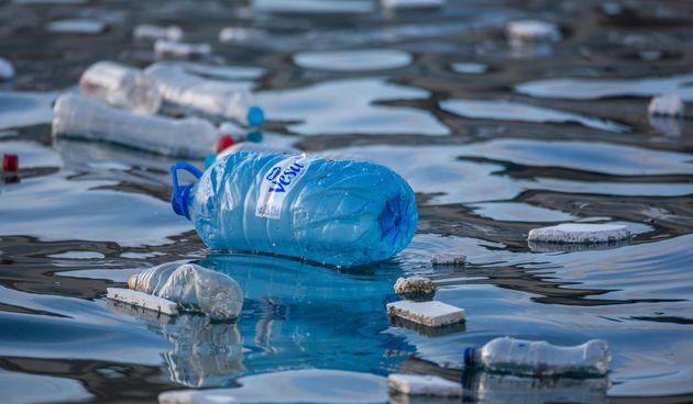 Onečišćeno more - plastika