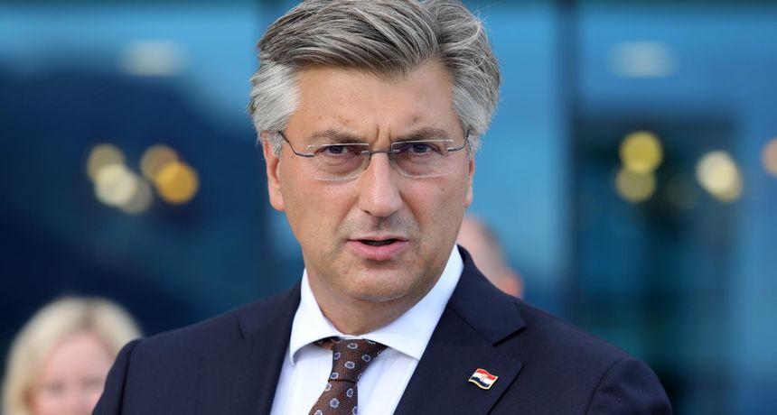 Plenković čestitao ponovno izabranom predsjedniku DSHV-a: 'Radit ćemo na boljem statusu i položaju Hrvata u Srbiji'