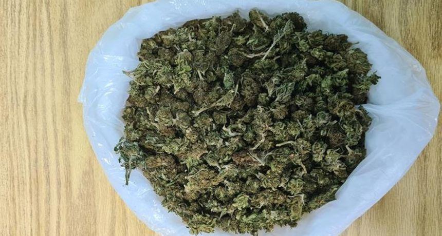 Policija od 35-godišnjeg Osječanina oduzela 150 grama marihuane