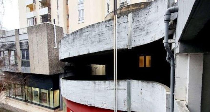 Prodaje stan u zagrebačkoj Dubravi koji se nalazi u garaži! Samo 'keš', a može i zamjena za kuću u podsljemenskoj zoni