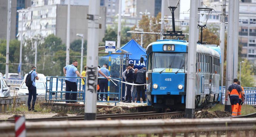 FOTO Strava u Zagrebu: Tko je ubio muškarca u tramvaju? Na tijelu je imao rane nanesene oštrim predmetom