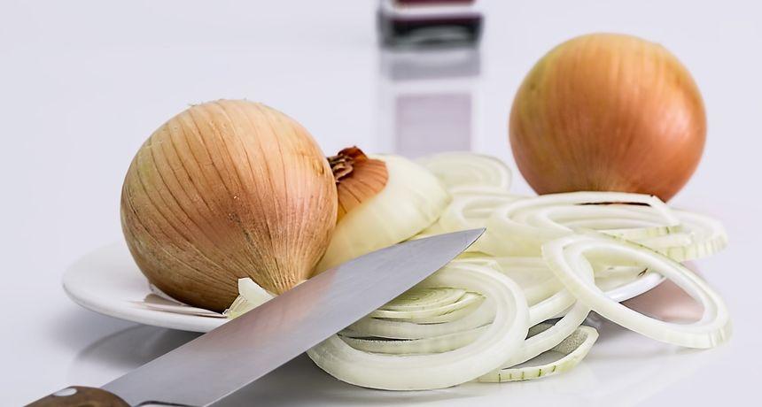 Karamelizirani luk dodaje posebnu aromu jelima - evo kako to ispravno napraviti