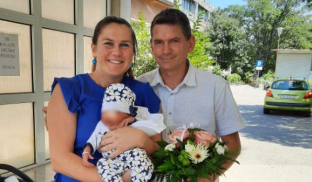 Željko Bilić i Felina, Ljubav je na selu