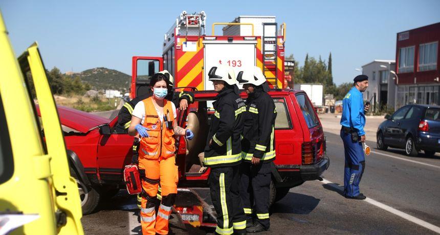 88-godišnjak se uključivao na cestu: Petero ozlijeđenih, dijete prebačeno u KBC Split