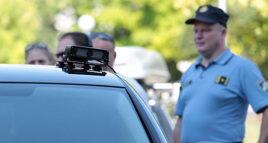 POLICIJSKE KAMERE PROTIV NEOSIGURANIH VOZILA Snimka registracije i poseban softver odmah detektiraju prekršitelje