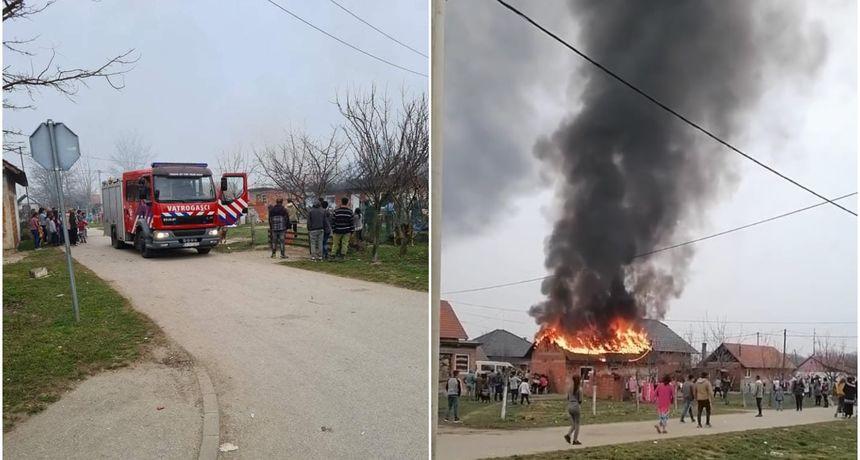 FOTO Gori kuća u Piškorovcu: Na terenu vatrogasci i policija