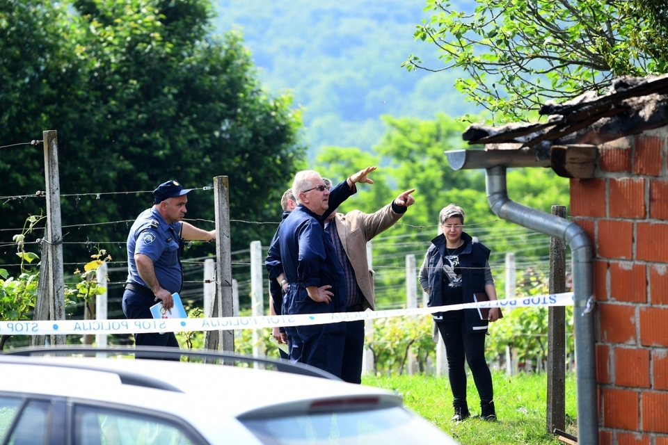 Užas kod Bjelovara: U požaru izgorjela vikendica. Pronađena dva mrtva tijela
