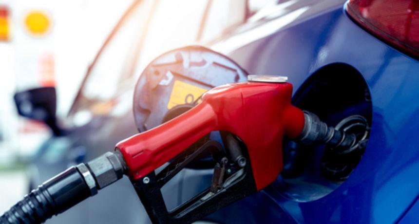 Od ponoći nove cijene goriva: Evo što bi trebalo pojeftiniti, a što poskupjeti