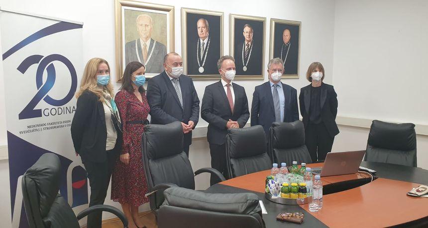 Studij Medicine na njemačkom u Osijeku upisala 52 studenta
