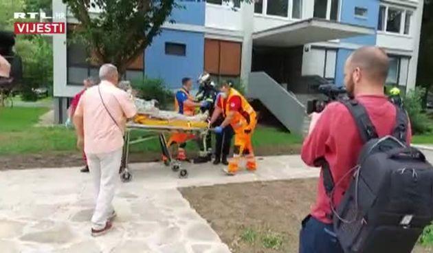 Drama u Zagrebu: U Trnskom gorio stan, vatrogasci spašavali čovjeka (thumbnail)