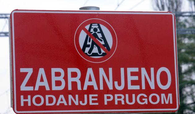zabranjeno hodanje prugom pružni prijelaz