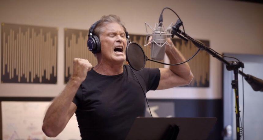 David Hasselhoff iz 'Spasilačke službe' upravo je obradio hit 'I Just Died in Your Arms' i... to morate sami poslušati