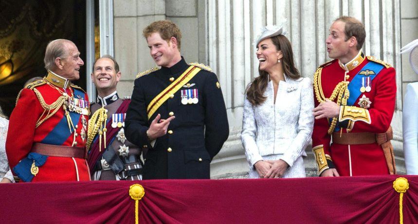 Princ William i Kate odali počast princuPhilipu među posljednjima, evo i kako