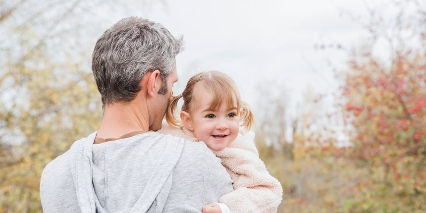 Većina očeva se uključuje u interakciju s djecom tek kad ona navrše godinu i pol