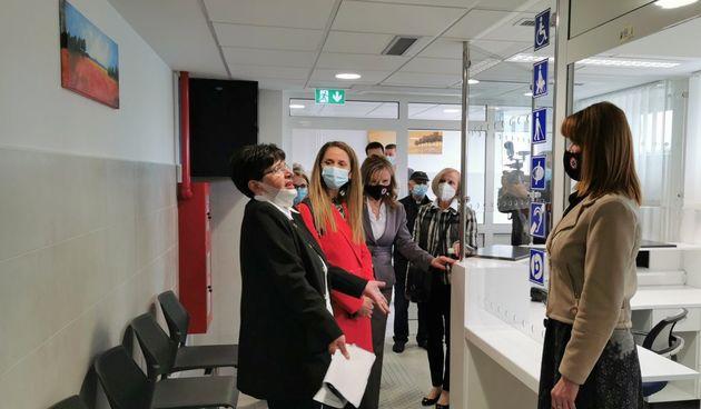 Otvoren prostor fizikalne terapije u Domu zdravlja Slunj, sredstva za uređenje osiguralo Ministarstvo regionalnog razvoja, Karlovačka županija i Grad Slunj