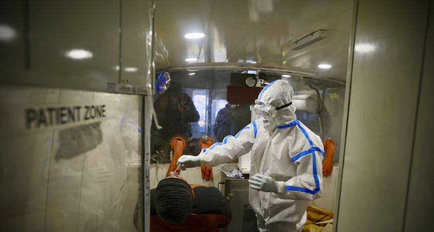 Indija dosegla 10 milijuna zaraženih koronavirusom, no zaraza usporava: 'Ispred nas je dugačka bitka'
