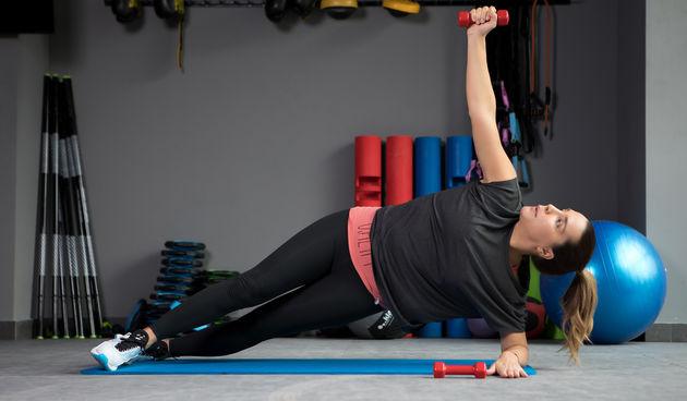 'Mama u formi': Vježbe bučicama